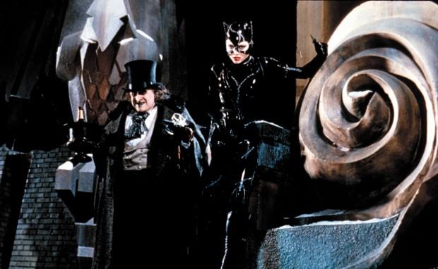 batman-returns-danny-devito-and-michelle-pfeiffer