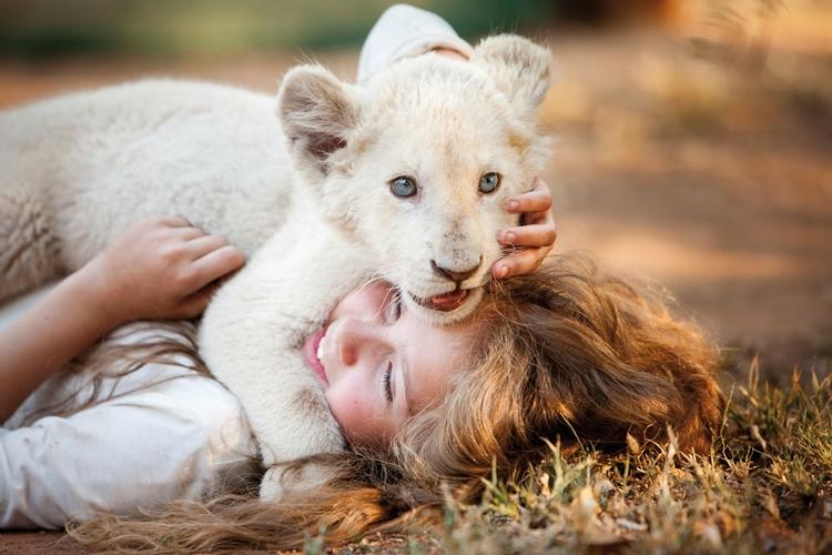 A Menina e o Leão